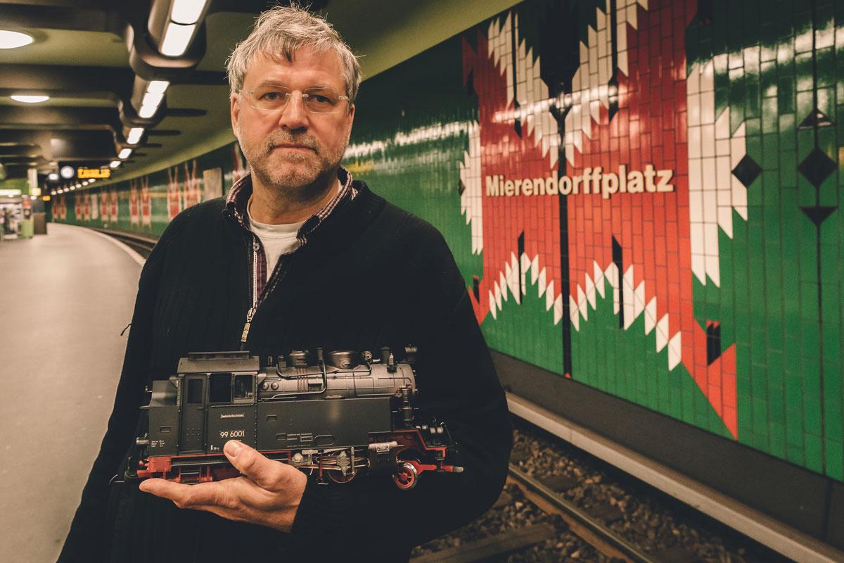 Hartmut Weidemann:<br>Hommage au h&eacute;ros