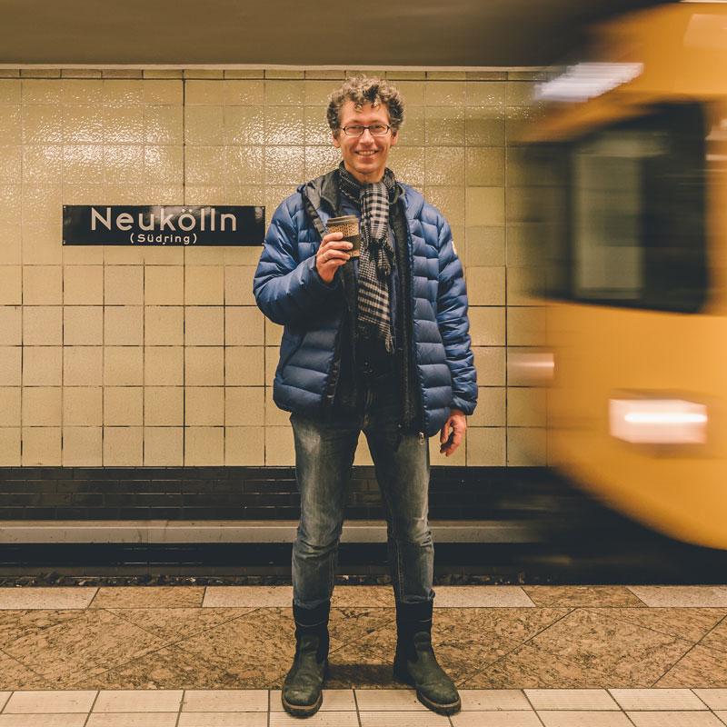 Daniel Friedrichs:<br>Estilo informal