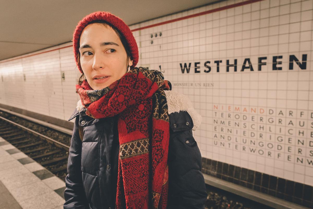 Elisa Zeller:<br>Knotenpunkt der Stile