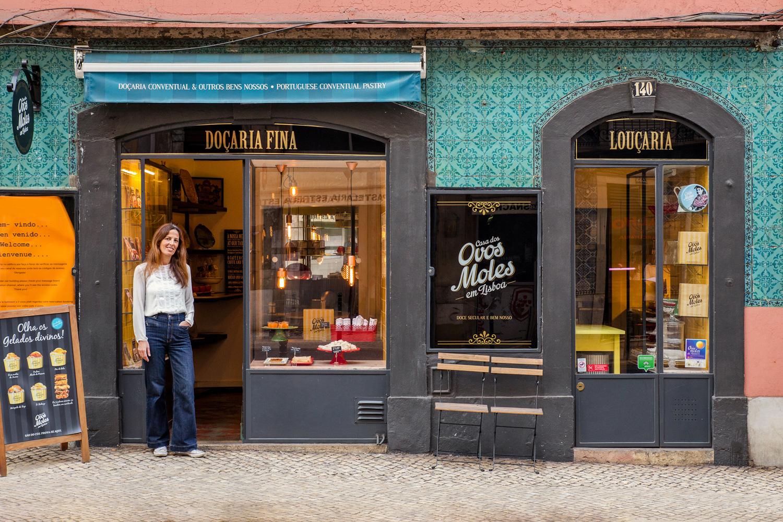 Filipa Cordeiro, parceira do projeto Ovos Moles em Lisboa, posa para a foto