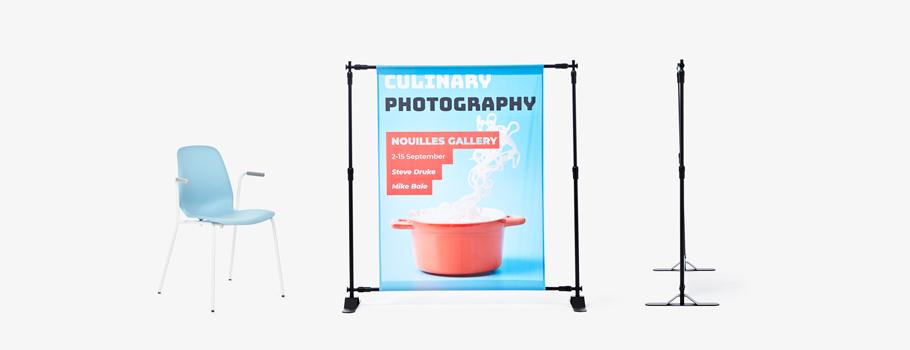 Display med justerbar ram, enkel