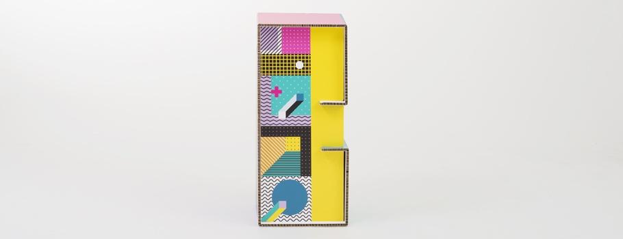 Taburete înalt din carton