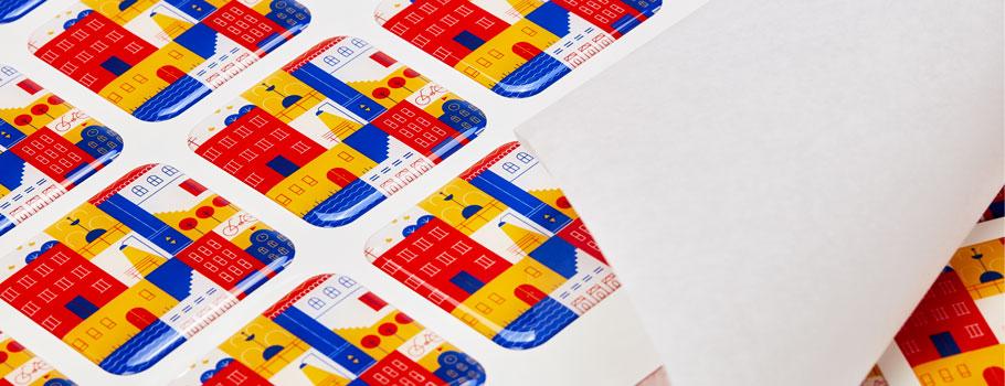 Pegatinas serigráficas en gota de resina