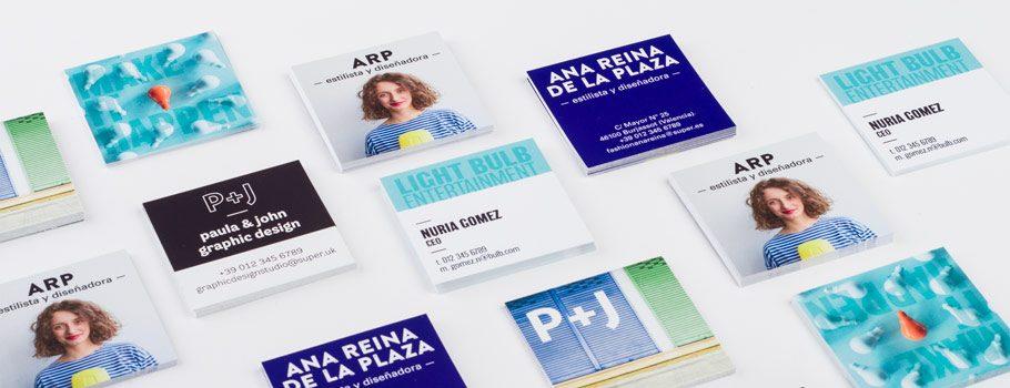 Cartões de visita quadrados