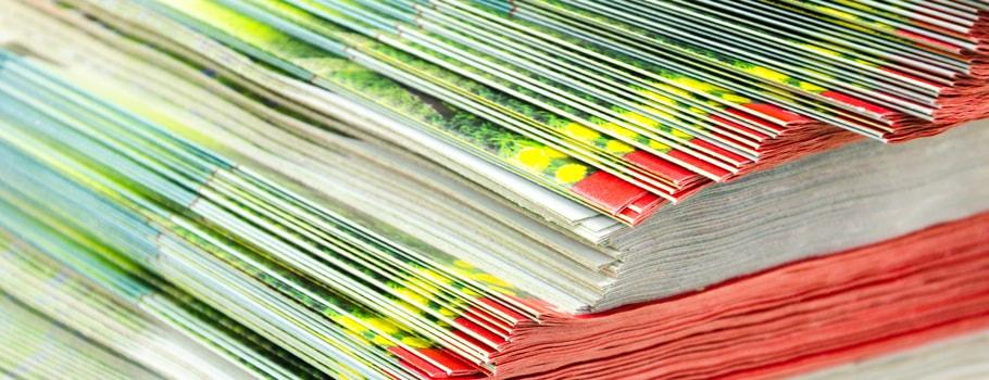 Broschüre mit Punktklebung
