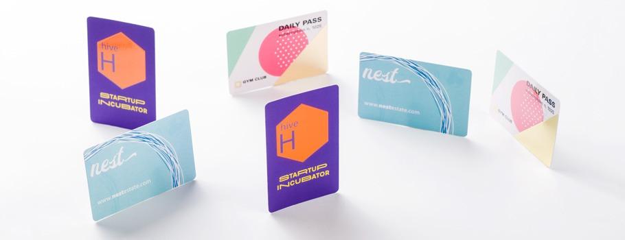 Cartões de visita com cantos arredondados