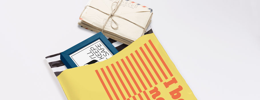 Envelopes de plástico coloridos