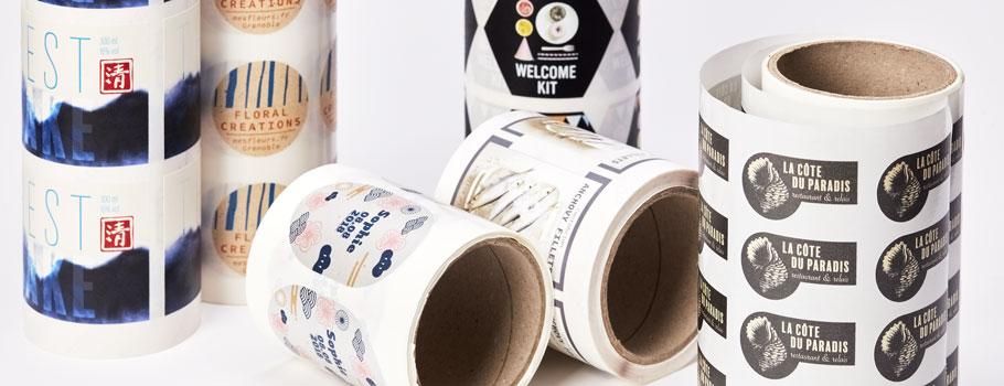 Etiquetas em papel