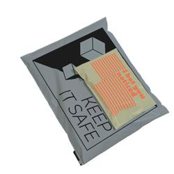 Enveloppes en plastique colorées